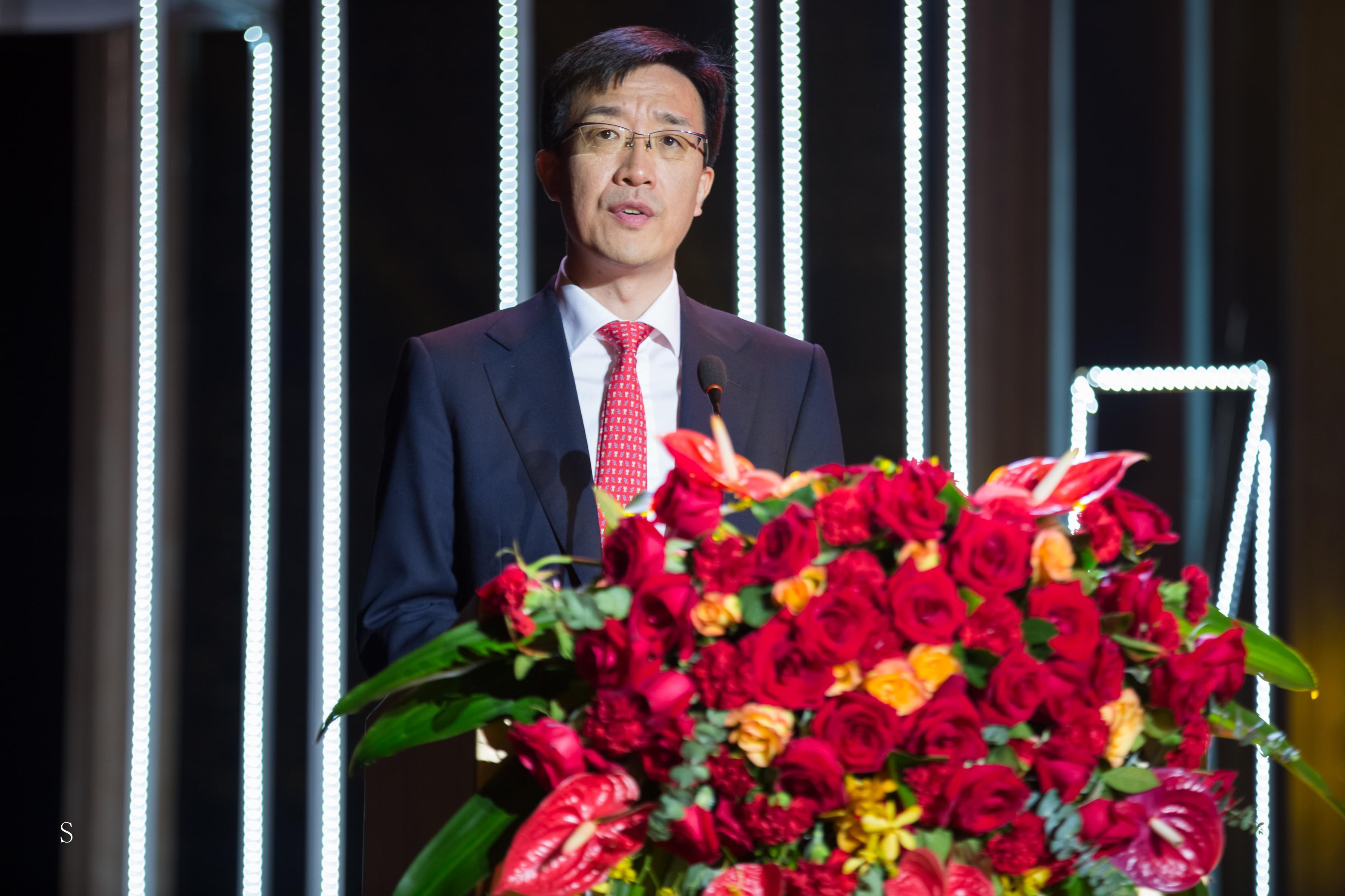 姜雪飞,深圳市崇达电路技术股份有限公司董事长.