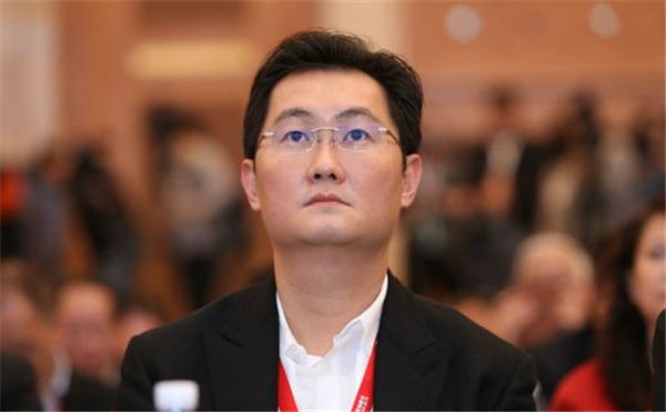 帝国金业:2018胡润全球富豪榜出炉,华人首富居然是他
