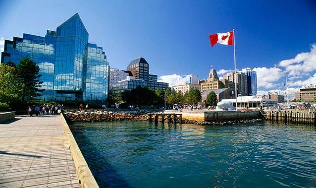 万豪移民:加拿大超低门槛项目再次来袭,一定要抓住这个大好机会!